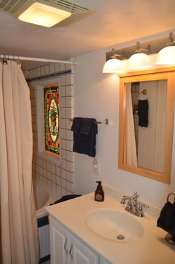 Twain Cabin - Bathroom 2