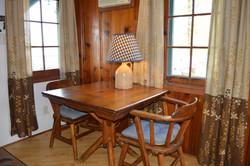 River Stone Cabin - Table