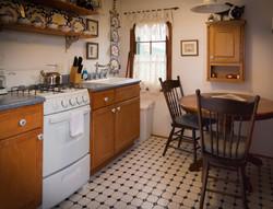 Paddle Wheel Cabin - Kitchen