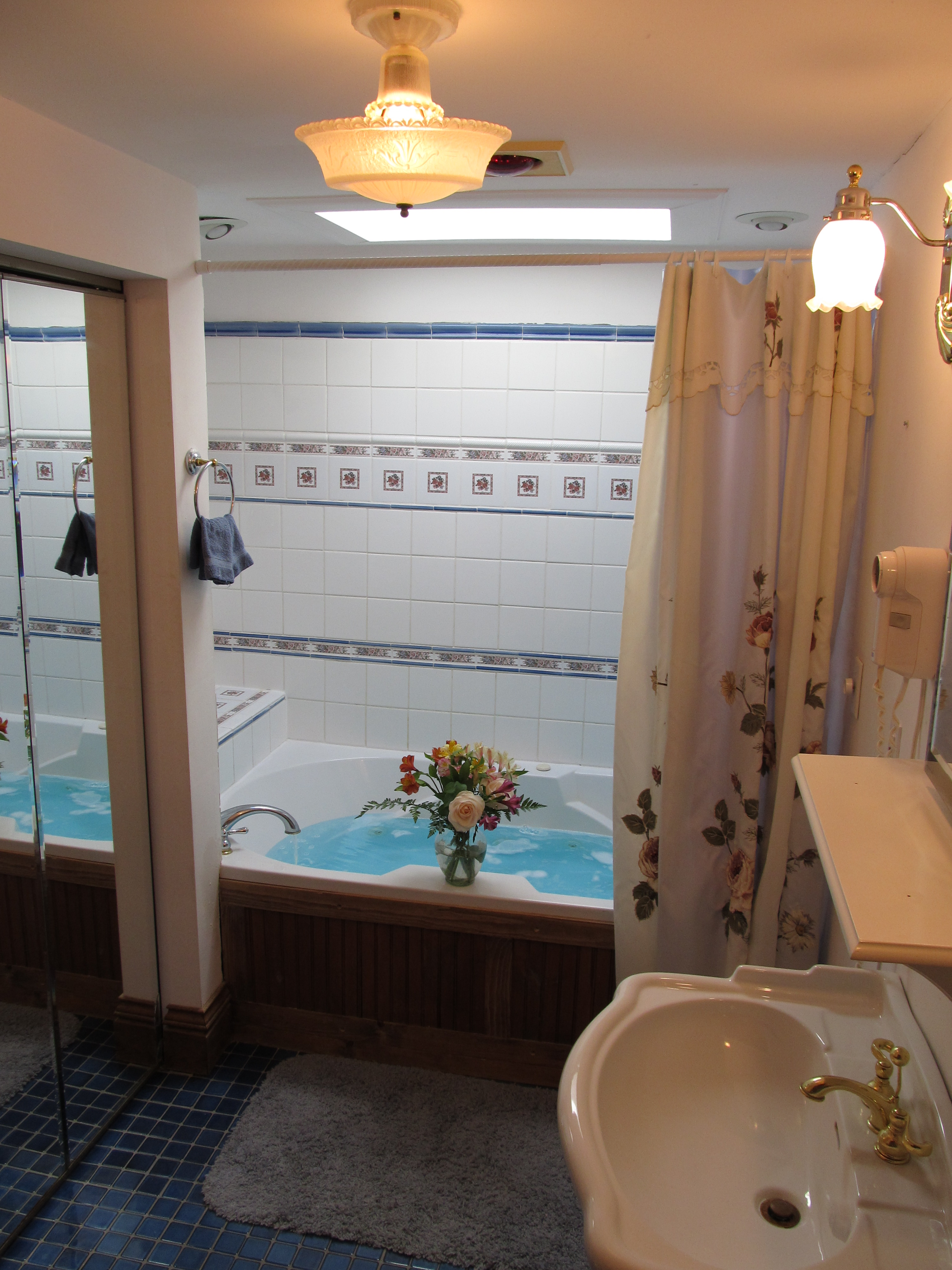 The Boardwalk Suite