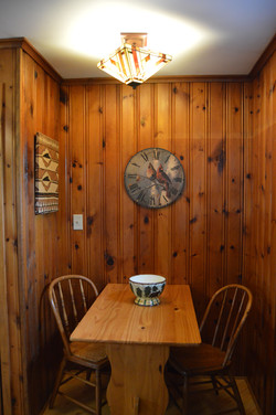Twain Cabin - Table