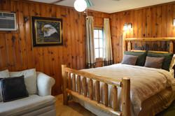 Twain Cabin - Bed