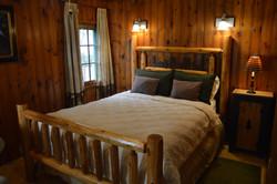 Twain Cabin - Bedroom
