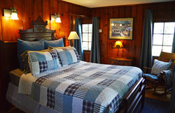 Paddle Wheel Cabin - Bed