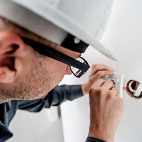 What Does Certified Electrician Mean?