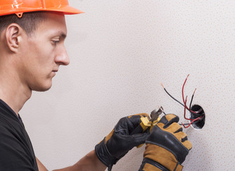 8 Electrical Problems All Homeowners Should Be Aware of