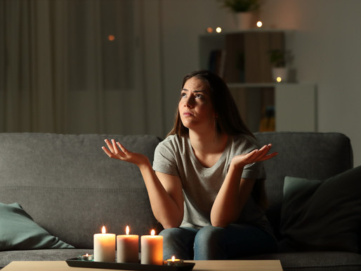Has Your Home Lost Power? Follow These 10 Simple Blackout Tips to Survive