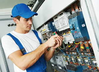 How Do I Choose an Electrician?