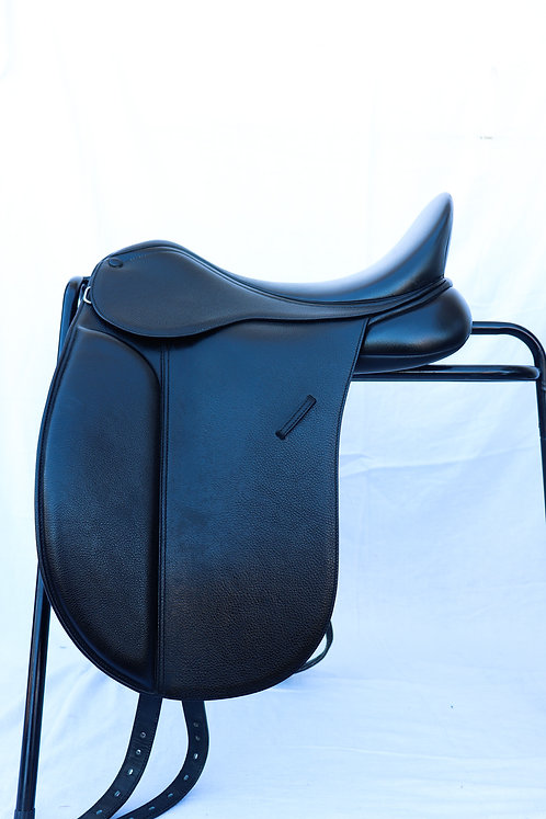 Bates Show Saddle - 16.5""