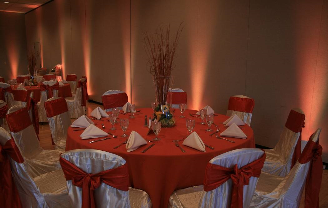 Reception uplight orange.jpg