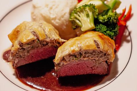 Antonio Ayestaran Catering-Beef Wellington