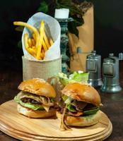 Cheeseburger / Sliders