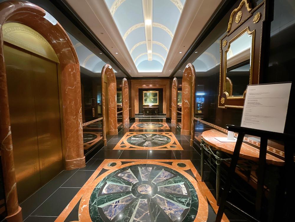 ウェスティンホテル東京のエレベーターホールの様子