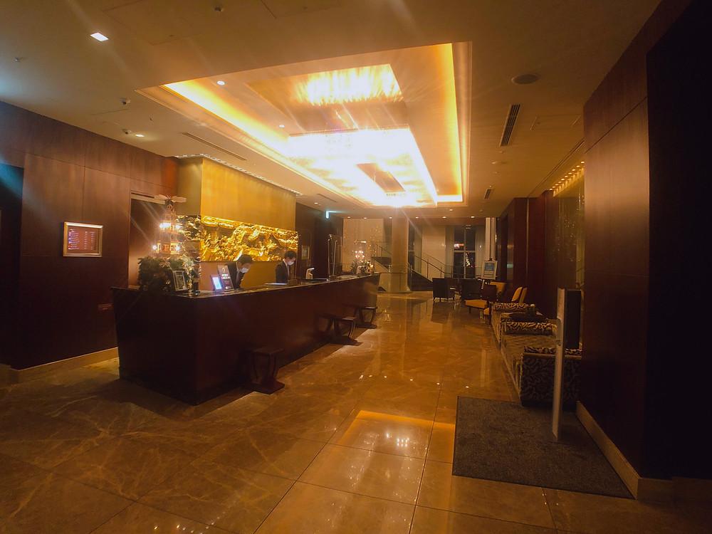 シャングリ・ラ ホテル東京のロビーカウンター