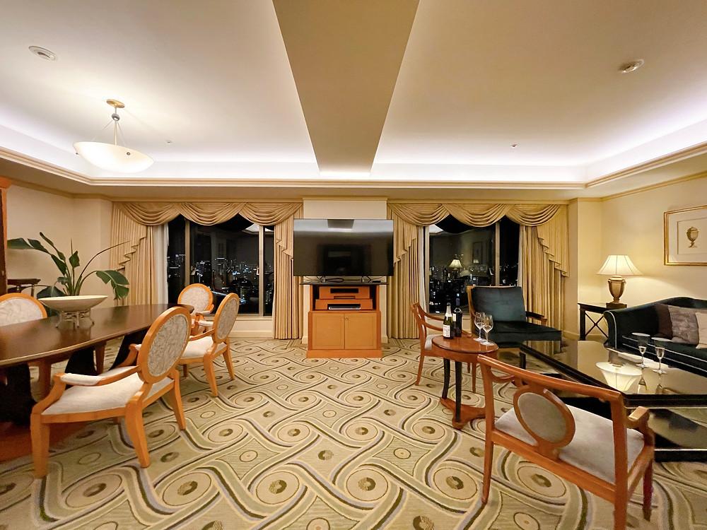 ウェスティンホテル東京のエグゼクティブスイートのリビングルーム