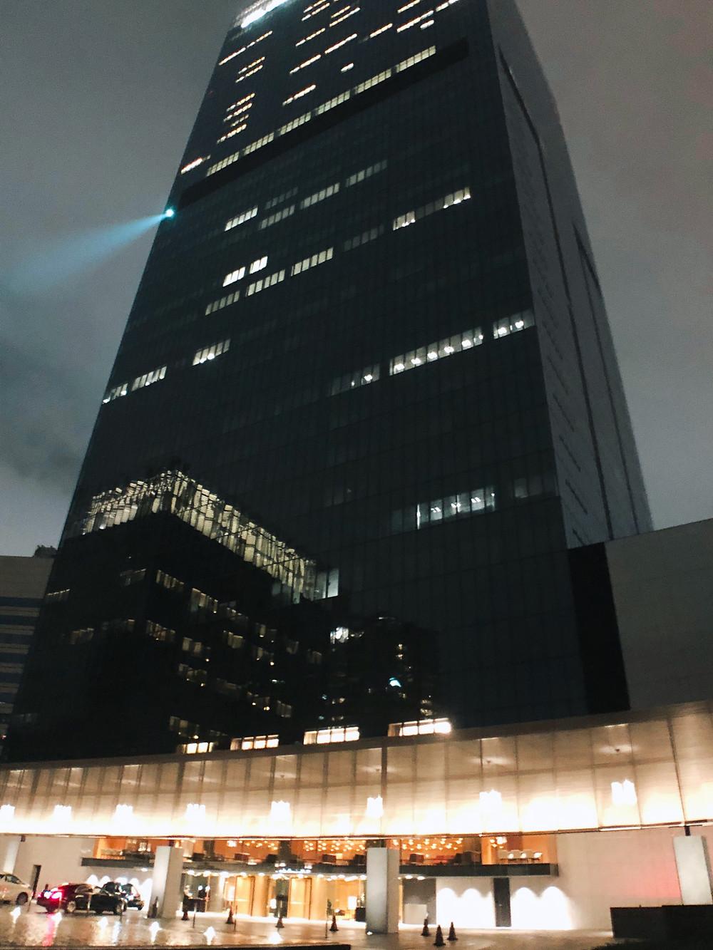 オークラ プレステージタワーの外観