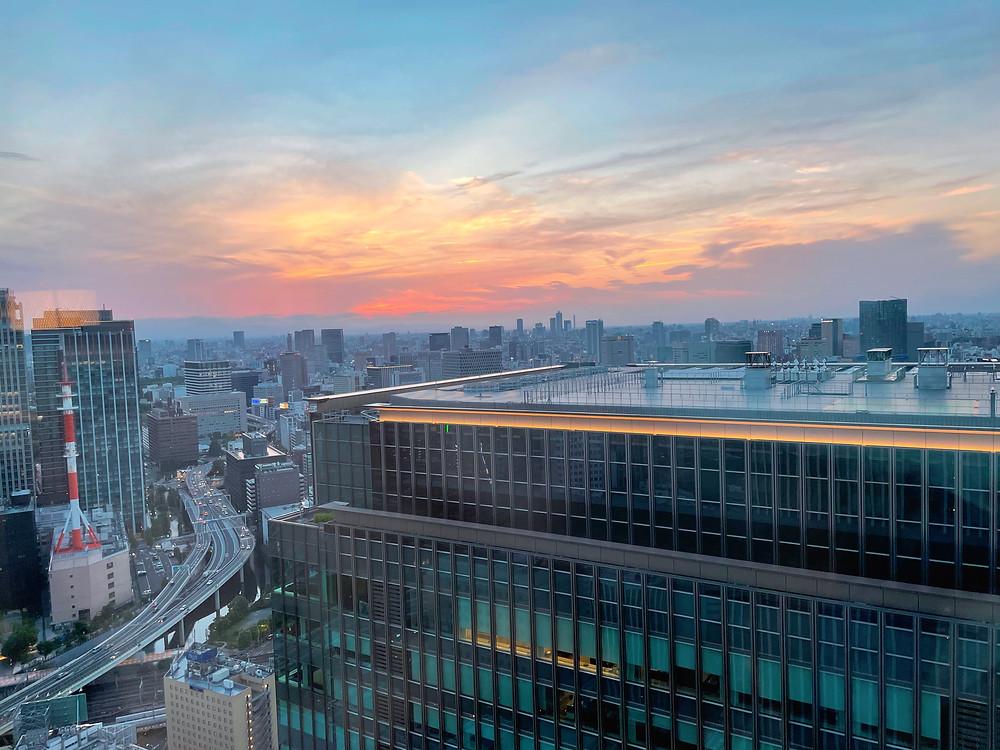 マンダリンオリエンタル東京 マンダリンコーナースイートのリビングからの眺め