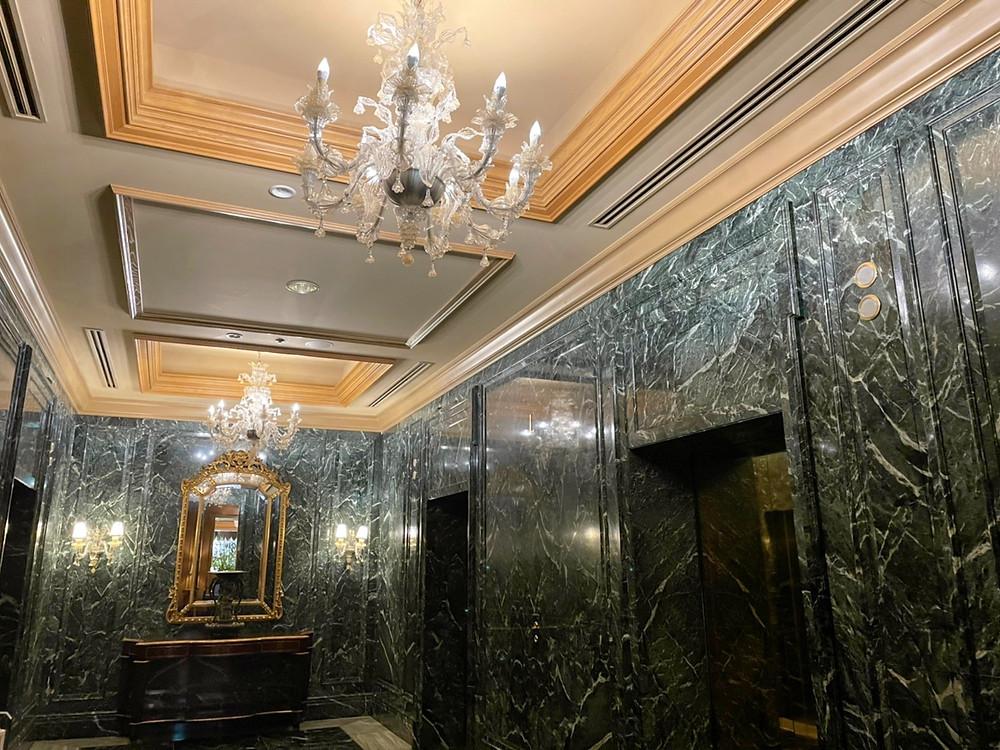 ホテル椿山荘東京のエレベーターホール