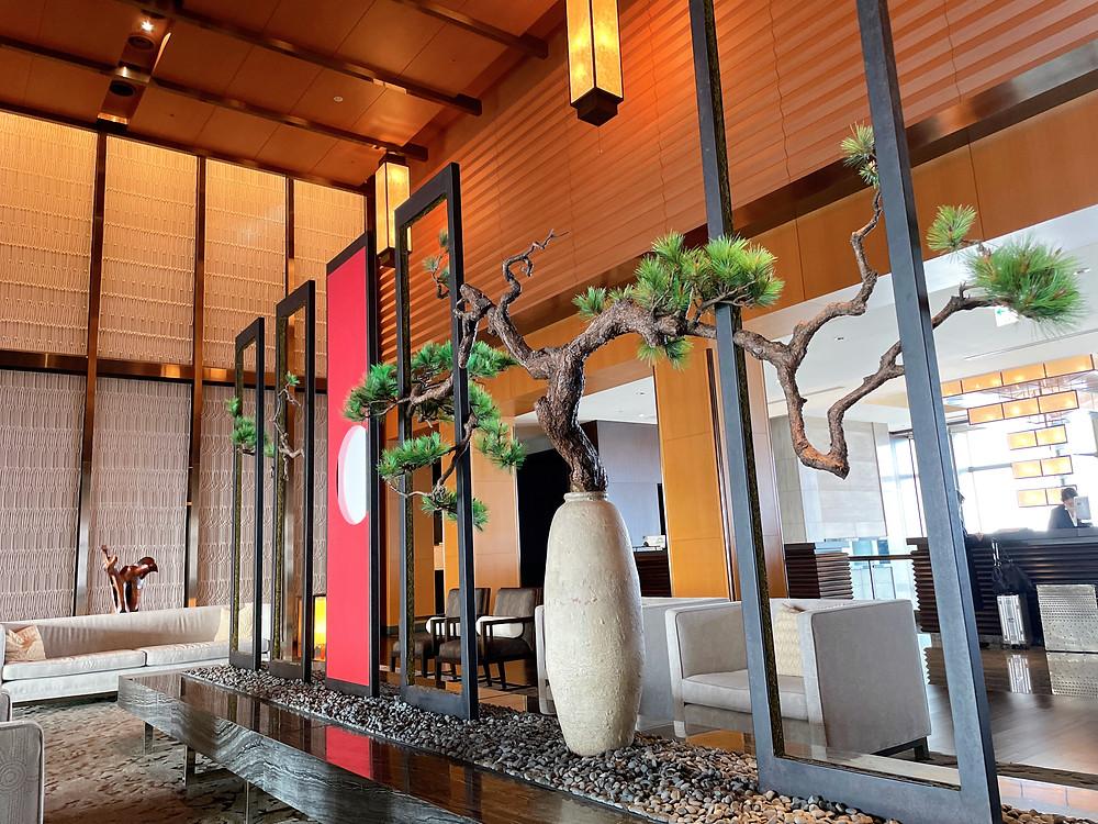 マンダリンオリエンタルホテル東京のエントランスの装花