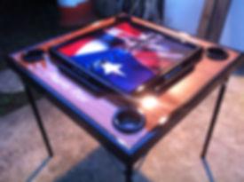 mesa de domino con bandera puerto rico y santo domingo