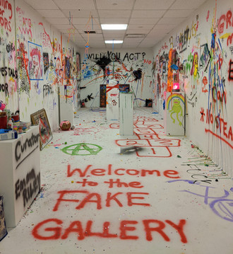 FAKE Gallery: Last Day