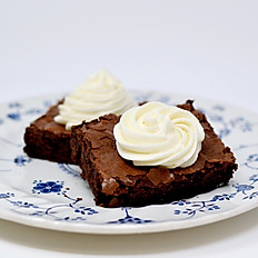 Brownie with Buttercream (pick a flavor!)