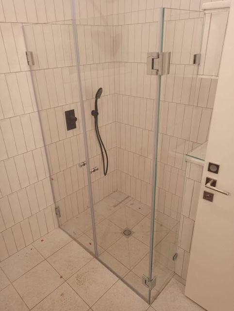 מקלחונים בהתאמה אישית - גלאספיקס (2).jpe