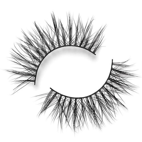 Casually Chic Natural Lash