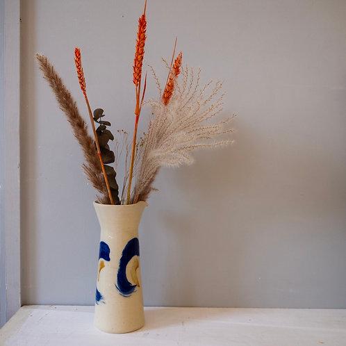 Jug vase 1