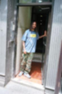 Kumasi_Holding_On_2.jpg
