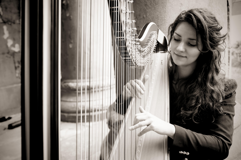 Rita Schindler, Harp