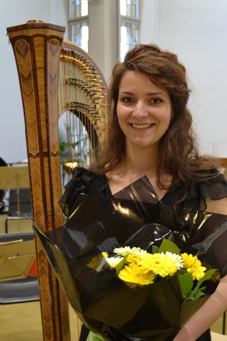 Rita Schindler - Harp