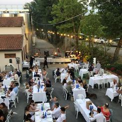 The restaurant in summertime