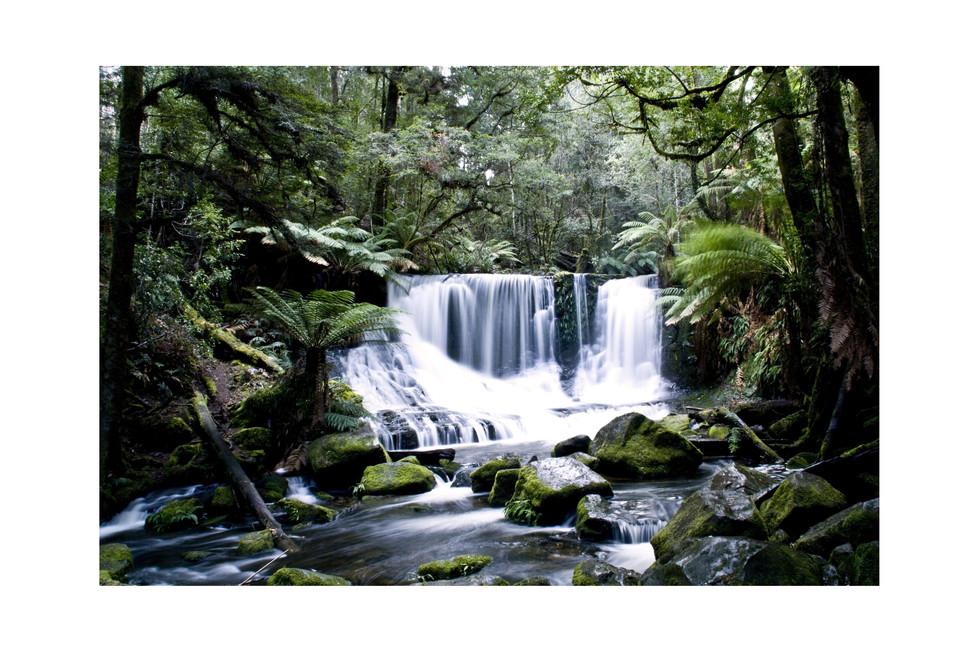 tasmania-waterfall-3-2011.jpg