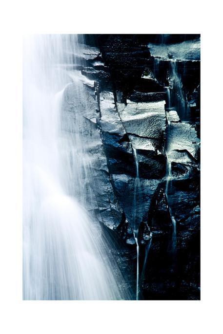australia-waterfall-2011_edited.jpg