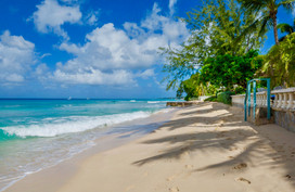 singing holiday beach.jpg