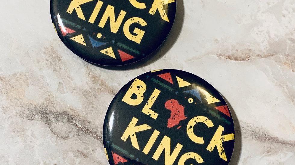 Black King button badge (1pc)