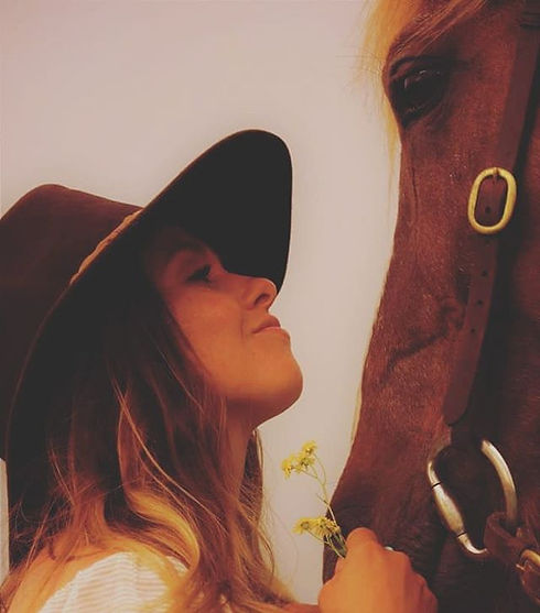 _Put your hand on your horse and your he