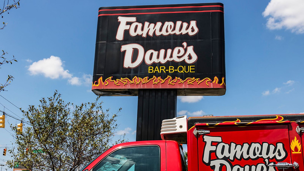 Famous Dave's considering Virtual Restaurants