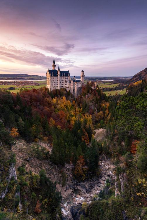 Sonnenuntergang im Herbst am Schloss Neuschwanstein