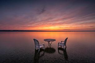 Waratweil Tisch und Stuhl SU 222.jpg