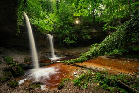 Ein kleiner Wasserfall am Ammersee
