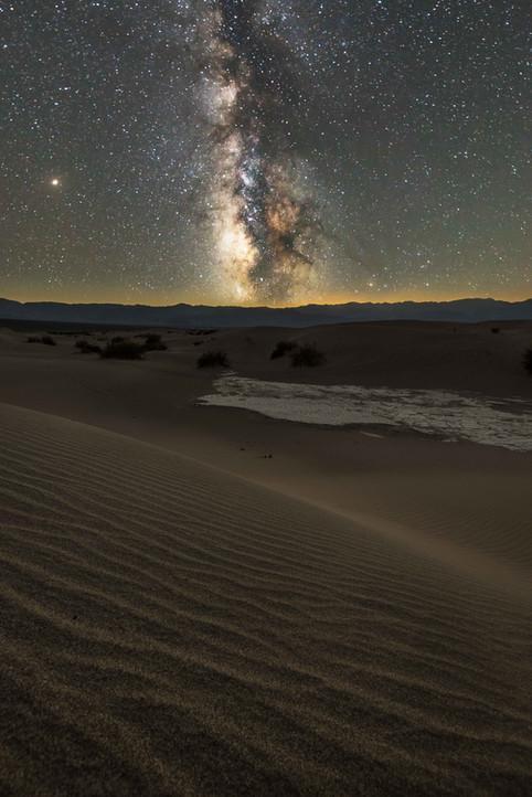 Die Milchstraße über dem Death Valley