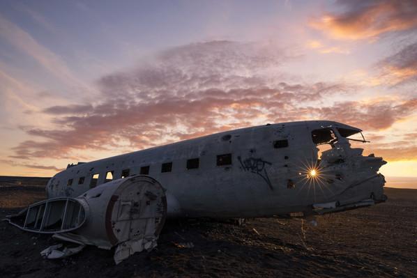 Ein Stern am Flugzeugwrack