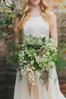 Green & White Botanical Bouquet
