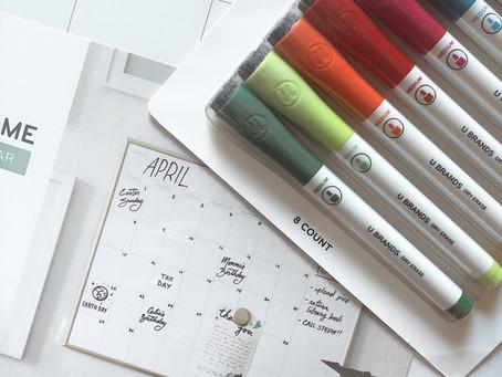 Family Calendar & Budget-Friendly Toddler Fall Activity Ideas
