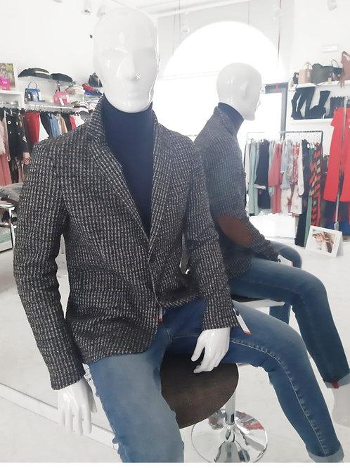 Giacca Quadri con Toppa in Alcantara - Outfit