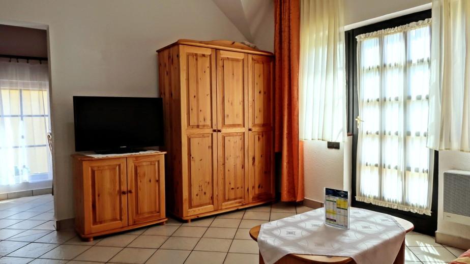 House 2_Studio_2.jpg