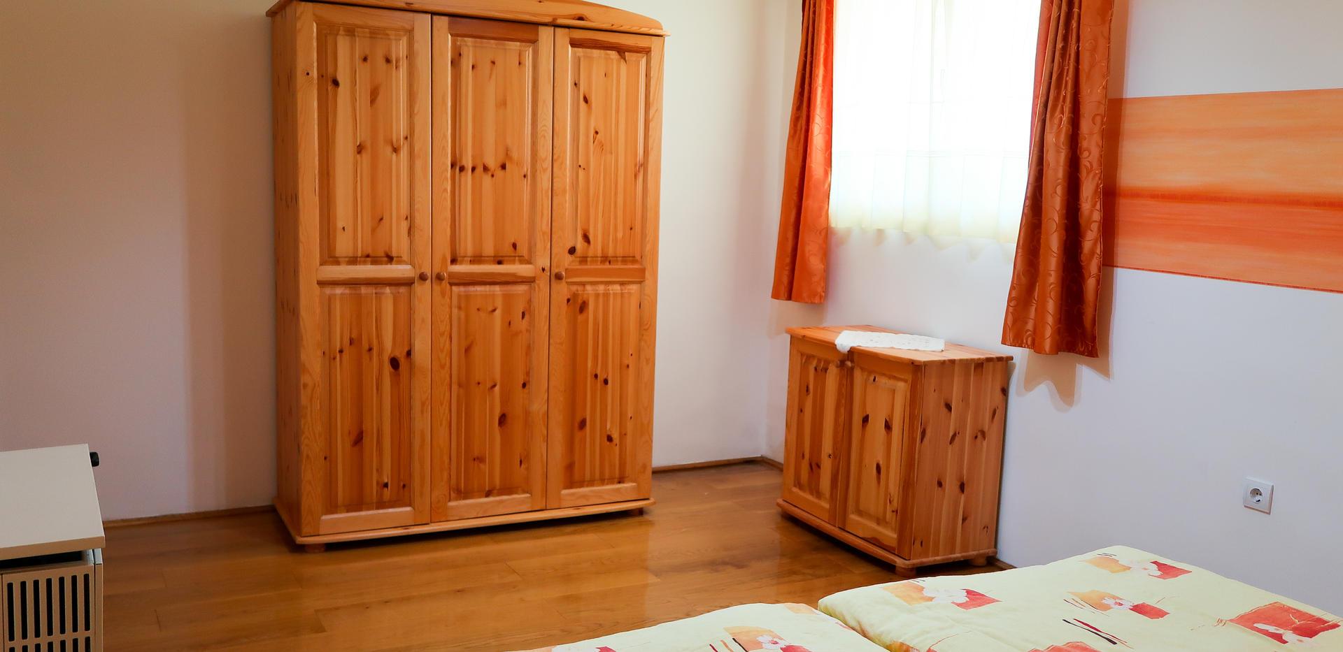 Zalakaros_4-es Ház_2-es apartman (4 személyes)