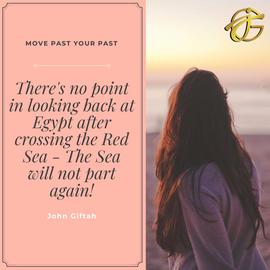 Pink Bordered Photography Quote.PNG